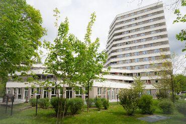 Hochhaus in M-Bogenhausen, WEG, 66 Wohneinheiten, 2 Gewerbeeinheiten, 76 TG-KFZ-Stellplätze
