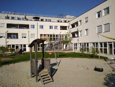 WWohnquartier in München-Bogenhausen, 3 WEGs, 19 Treppenhäuser, 186 Wohneinheiten, 200 TG-KFZ-Stellplätze